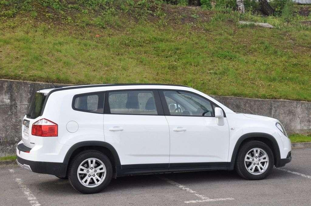 Super 7-osobowy minivan w cenie kompaktu - Chevrolet Orlando QB22