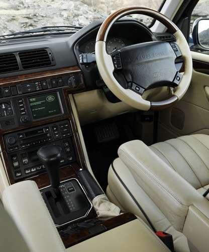 2002 Land Rover Range Rover Interior: Cztery Dziesięciolecia Luksusowej Terenówki
