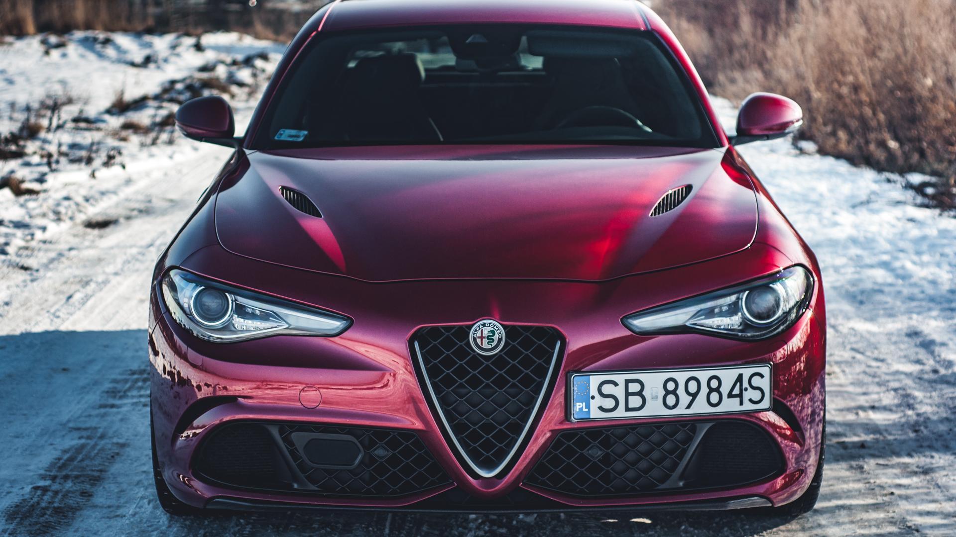 Alfa Romeo Giulia Quadrifoglio włoska doskonałość • AutoCentrum