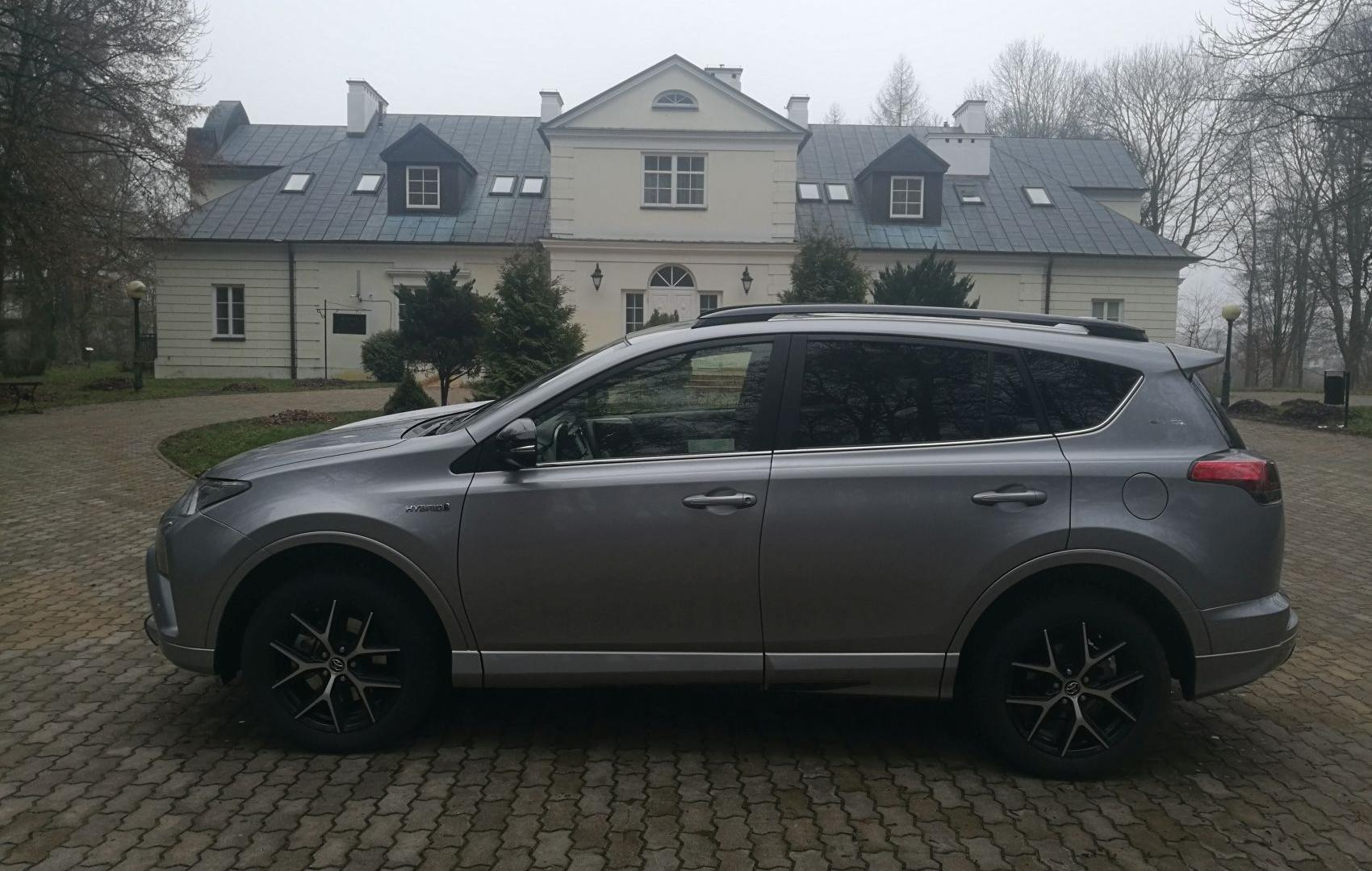 Toyota Rav4 Zima Z Hybrydą Autocentrumpl