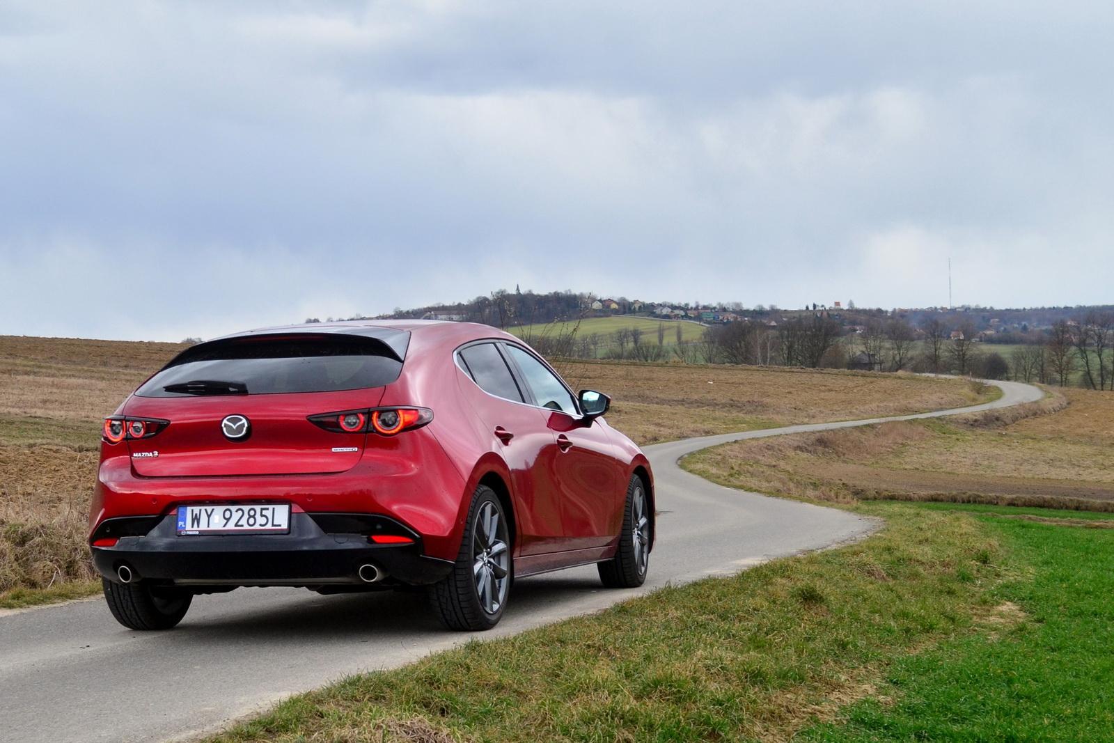 """Reinkarnacja """"duszy ruchu"""" – czy nowa Mazda 3 spełnia"""