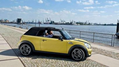 Mini Cabrio - z wiatrem we włosach