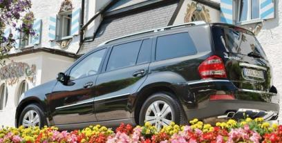 Mercedes Klasa GL X164 Off-roader Facelifting 350 CDI BlueEFFICIENCY 4MATIC 265KM 195kW 2011-2012