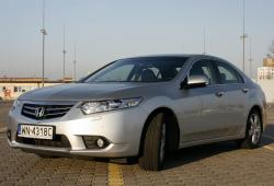 Honda Accord VIII -