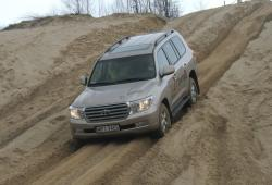 Toyota Land Cruiser V -