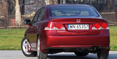 Honda Civic VIII Sedan 1.8 i-VTEC 140KM 103kW 2006-2011
