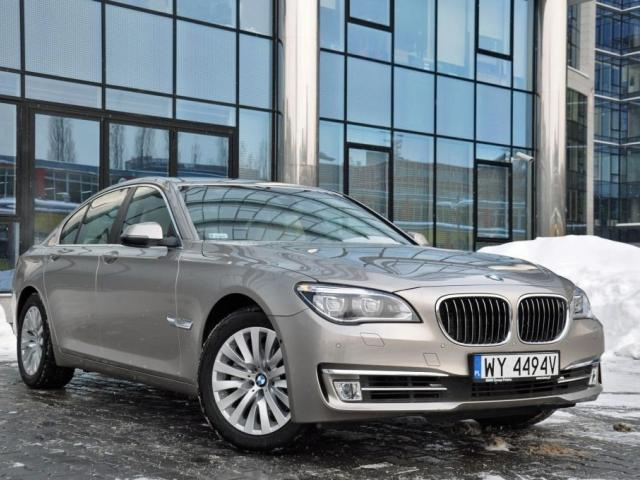 BMW Seria 7 F01 Sedan Facelifting -