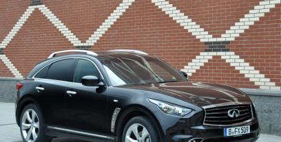 Infiniti FX II Crossover Facelifting 5.0 V8 390KM 287kW 2012-2013