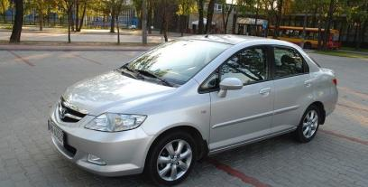 Honda City V 1.3 95KM 70kW 2002-2011
