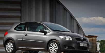 Toyota Auris I Hatchback 2.2 D-CAT 177KM 130kW 2006-2010