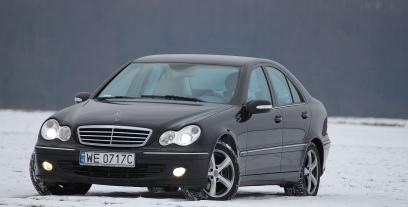 Mercedes Klasa C W203 Sedan W203 3.2 4Matic 218KM 160kW 2004-2006