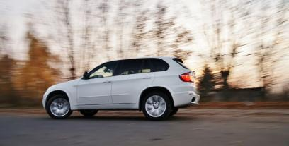 BMW X5 E70 SUV Facelifting xDrive50i 407KM 299kW 2010-2013