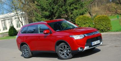 Mitsubishi Outlander III SUV Facelifting 2.0 SOHC MIVEC 150KM 110kW 2014-2016