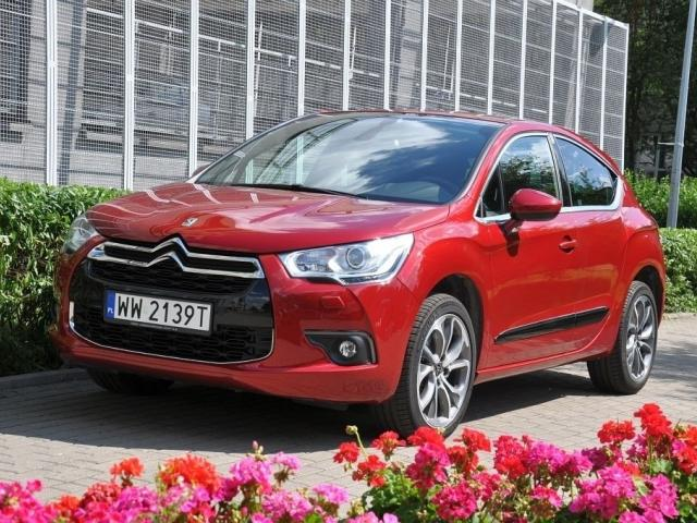 DS 4 Hatchback (Citroen) -