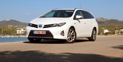 Toyota Auris II Touring Sports
