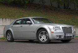 Chrysler 300C I -