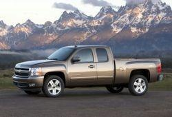 Chevrolet Silverado II Pick Up 6.0 367 KM 270 kW