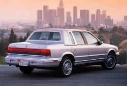 Chrysler LE Baron III Sedan 3.0 i V6 143KM 105kW 1990-1994