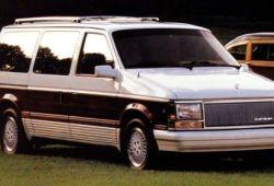 Chrysler Town & Country I - Dane techniczne