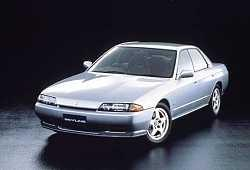 Nissan Skyline R32 Sedan 2.6 i R6 24V Turbo 4WD 220KM 162kW 1989-1993
