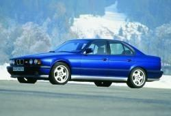 BMW Seria 5 E34 M5 Sedan 3.5 316KM 232kW 1988-1991
