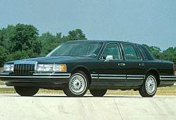 Lincoln Town Car II