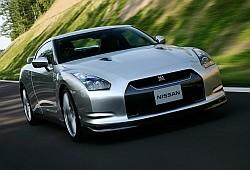 Nissan GT-R I Coupe Facelifting 3.8 550 KM 405 kW