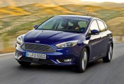 Ford Focus III Hatchback 5d facelifting