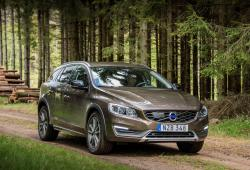 Volvo V60 I Cross Country