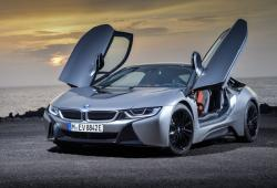 BMW i8 Coupe Facelifting