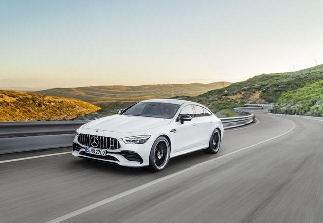 Mercedes AMG GT Coupe Coupe 4d -