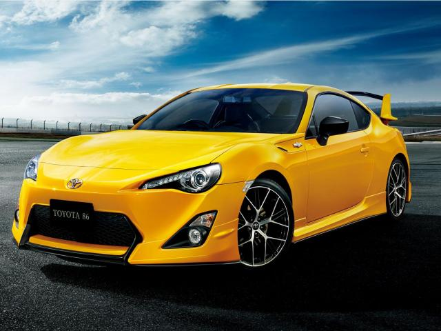 Toyota GT86 Coupe Facelifting 2.0 Boxer 200KM 147kW od 2016