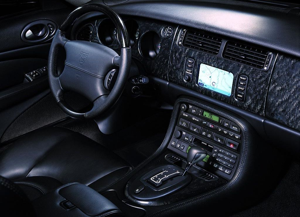 1518 furthermore 13192 Listwa Odbojowa Przedniego Zderzaka 07 18 Jeep Wrangler Jk Jku in addition Watch together with Lg K520 G4 Stylus further Jaguar Xk Coupe Xk8 4 0 V8 24v. on xk dane