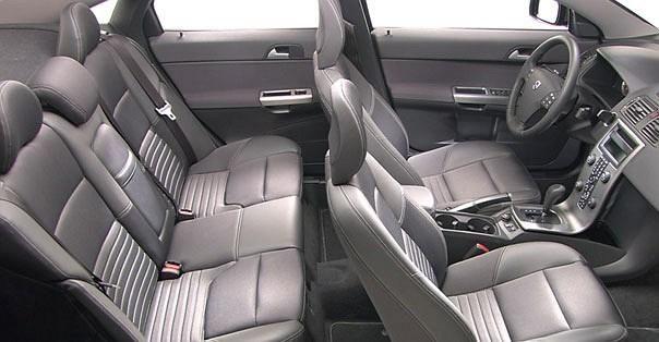 Cudowna Volvo S40 2.0 D4 - Galerie prasowe - Galeria • AutoCentrum.pl LE04
