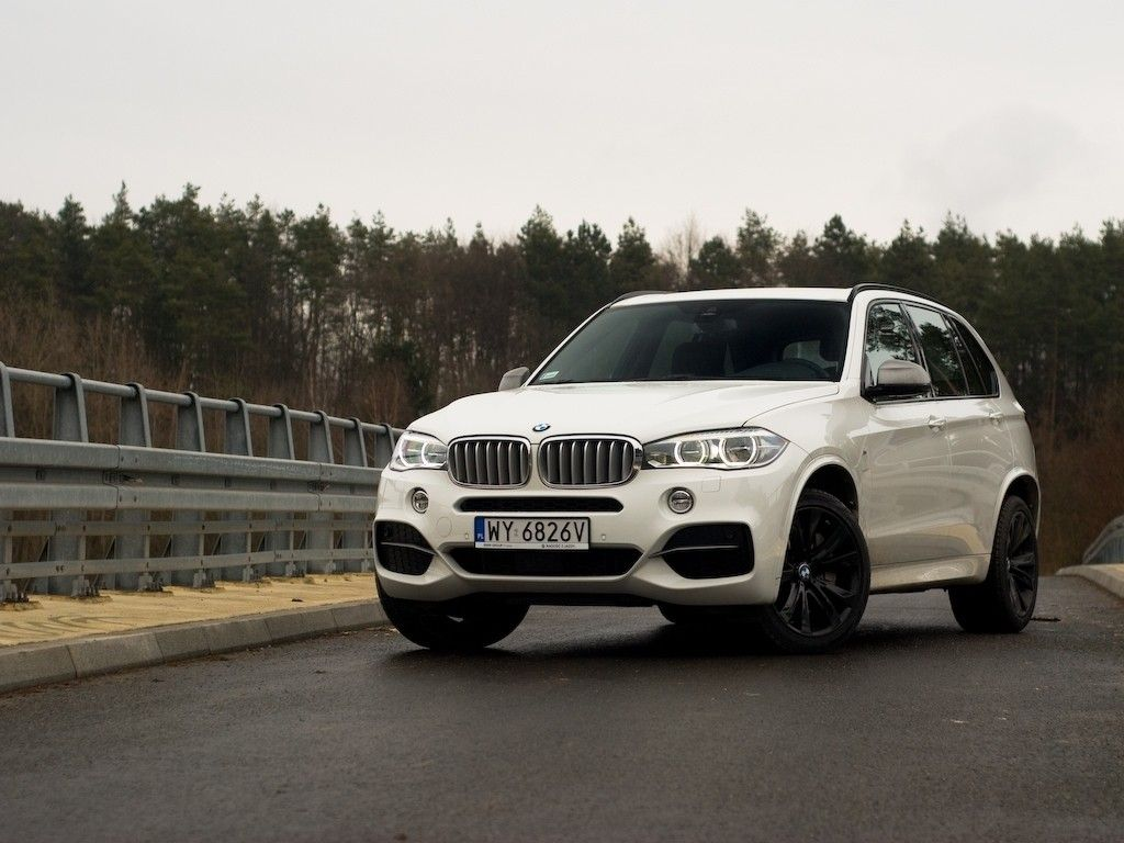 bmw x5 f15 m50d 381km galeria redakcyjna galerie redakcyjne galeria. Black Bedroom Furniture Sets. Home Design Ideas
