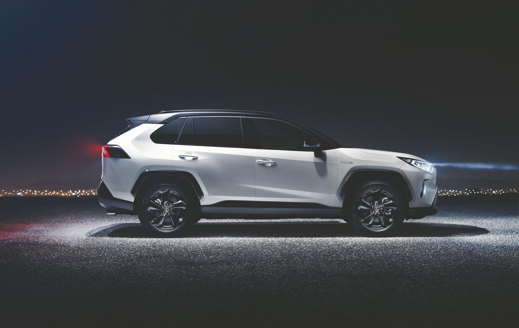 Toyota Rav4 Hybrid 2018 Galerie Prasowe Galeria