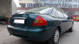 Ford Mondeo II Hatchback 2.5 ST 200 205KM 151kW 1999-2001