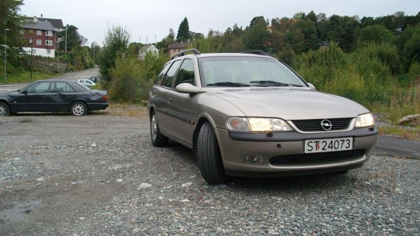 Luftmassenmesser Opel Vectra B 2 0 16v : opel vectra b kombi 2 0 dti 16v 100km 1997 2002 dane testy ~ Aude.kayakingforconservation.com Haus und Dekorationen