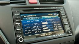 Honda Civic IX Hatchback 5d 1.8 i-VTEC 142KM - galeria redakcyjna - radio/cd/panel lcd