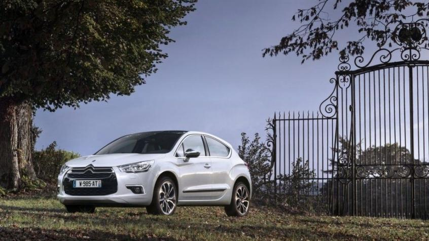 DS 4 Hatchback Facelifting 2015 (Citroen)