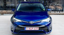Toyota Avensis III Wagon Facelifting 2015 2.0 D-4D 143KM 105kW 2015-2018