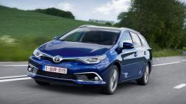 Toyota Auris II Touring Sports Facelifting (2015) - widok z przodu
