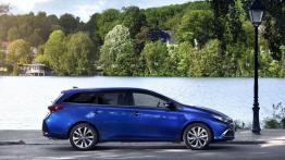 Toyota Auris II Touring Sports Facelifting (2015) - prawy bok