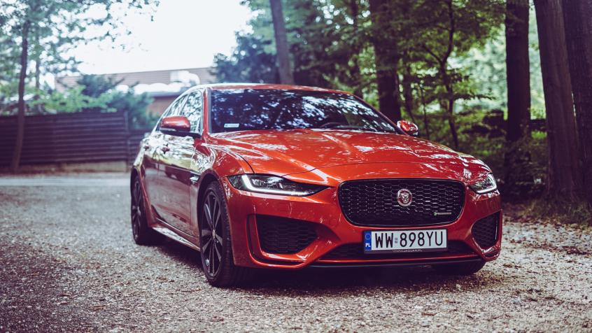 Jaguar XE Sedan Facelifting