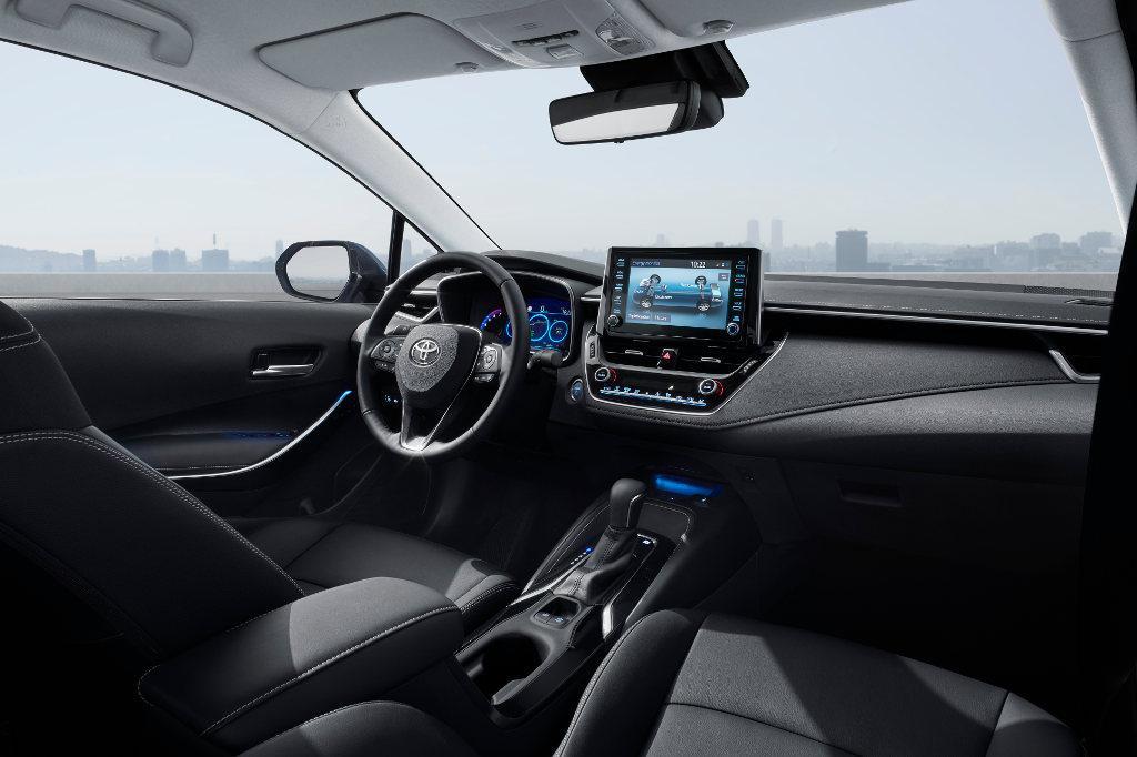 Cudowna Toyota Corolla po raz pierwszy w takiej wersji • AutoCentrum.pl WL13