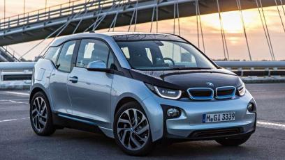BMW i3 z tytułem Green Car of the Year 2015