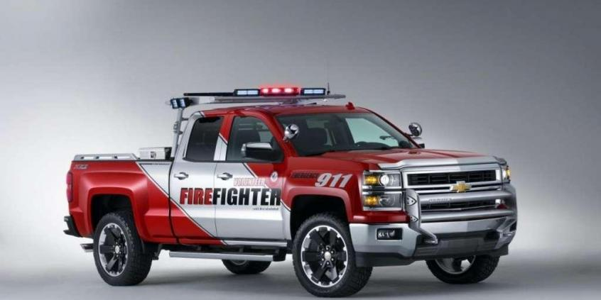 Chevrolet Silverado Black Ops oraz Z71 Volunteer Firefighter